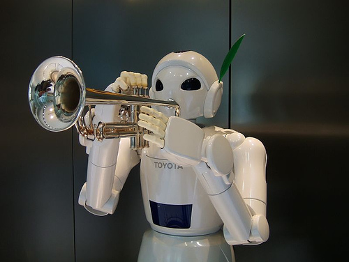 Trumpet playing robot